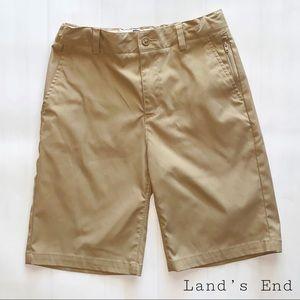 Lands'End uniform khaki wrinkle resistant shorts